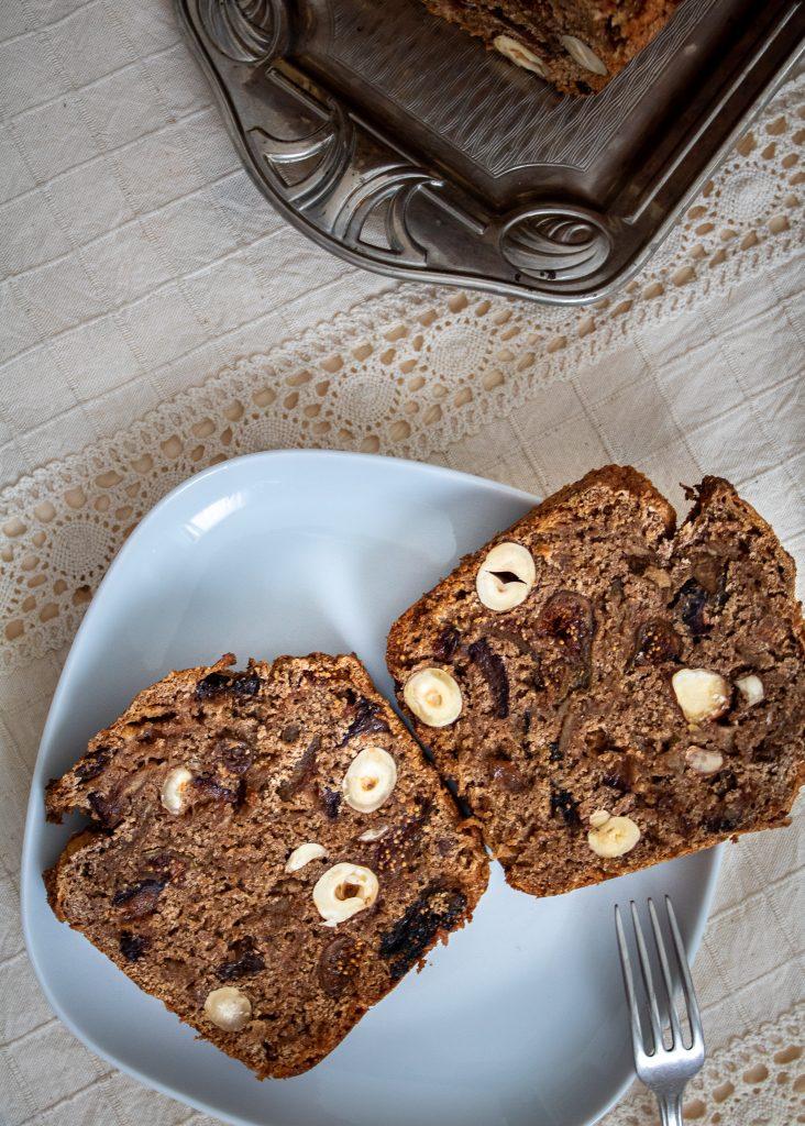 vegan apple bread slice | Постен ябълков кекс парче| Apfelbrot - Gewürzbrot vegan Stück