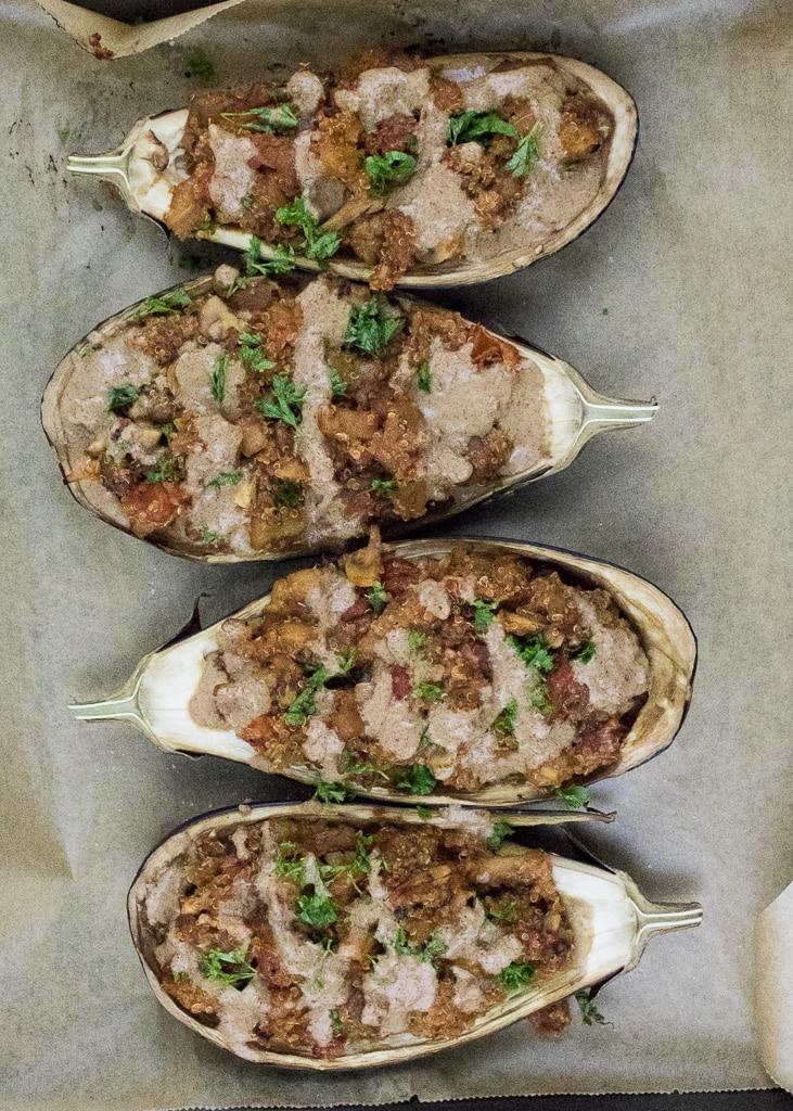 Stuffed Quinoa Eggplant || Gefüllte Aubergine mit Quinoa