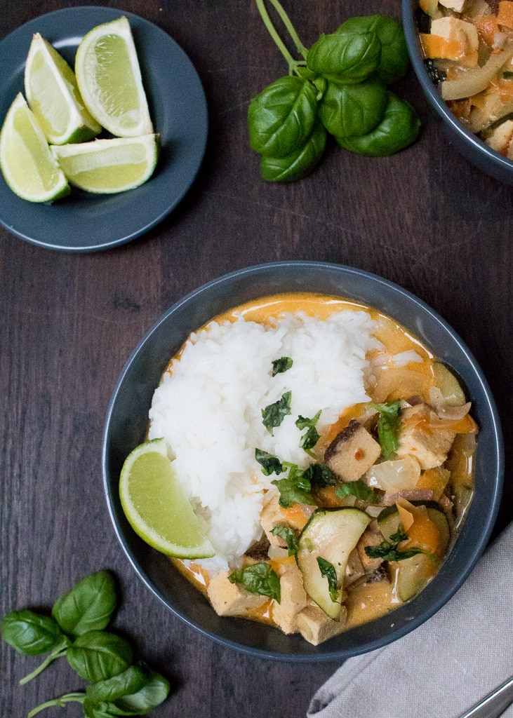 || Thai-Curry mit Tofu und Gemüse