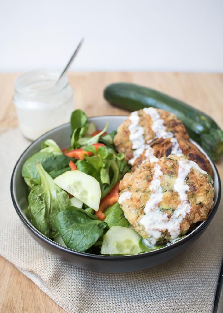 Vegan Zucchini Fritters | Постни кюфтенца от тиквички | Vegane Bratlinge aus Zucchini