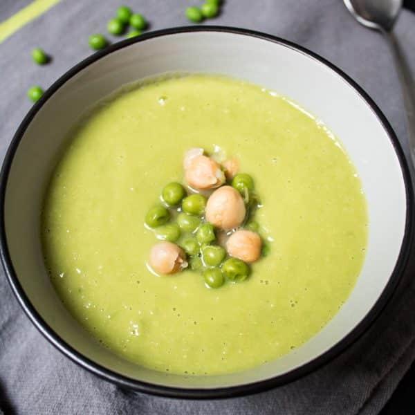 grüne Erbsen und Kichererbsen Suppe