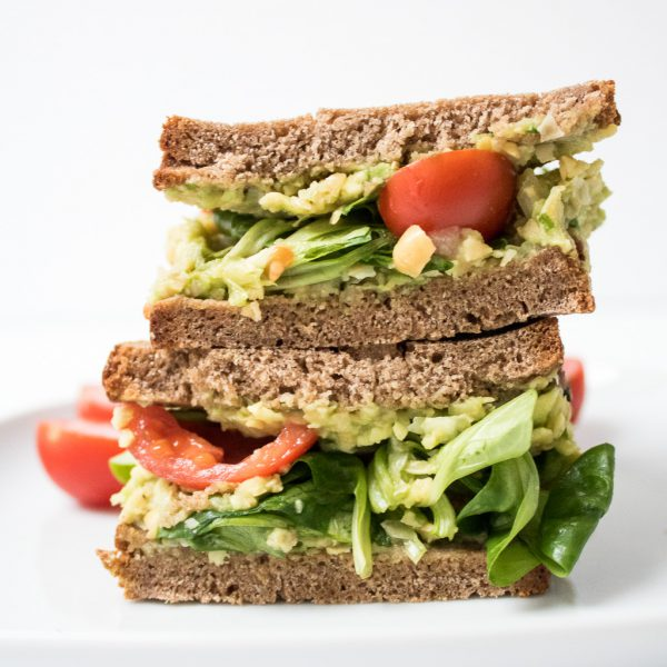Kichererbsen Avocado Sandwich