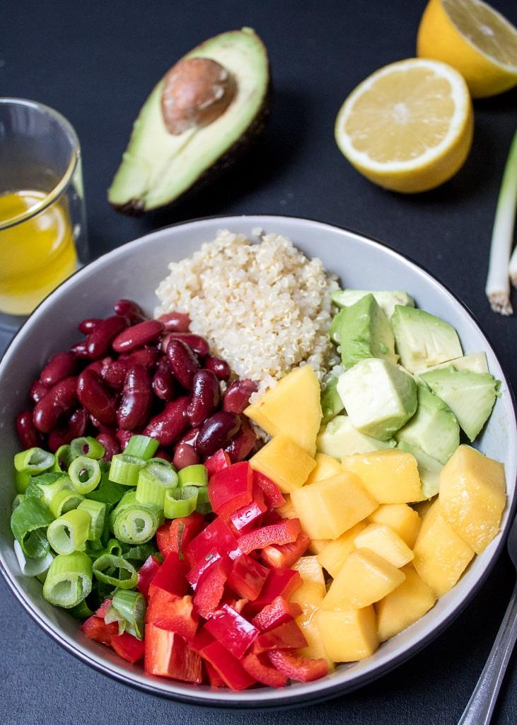 Quinoa Kidney Beans Salad | Салата с киноа, боб, манго и авокадо | Quinoa Salat