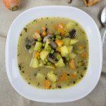 klare Gemüse Suppe