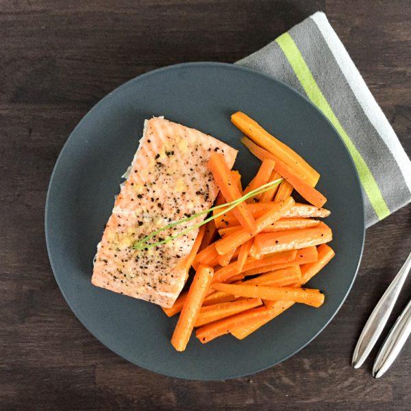Lachs und Karotten