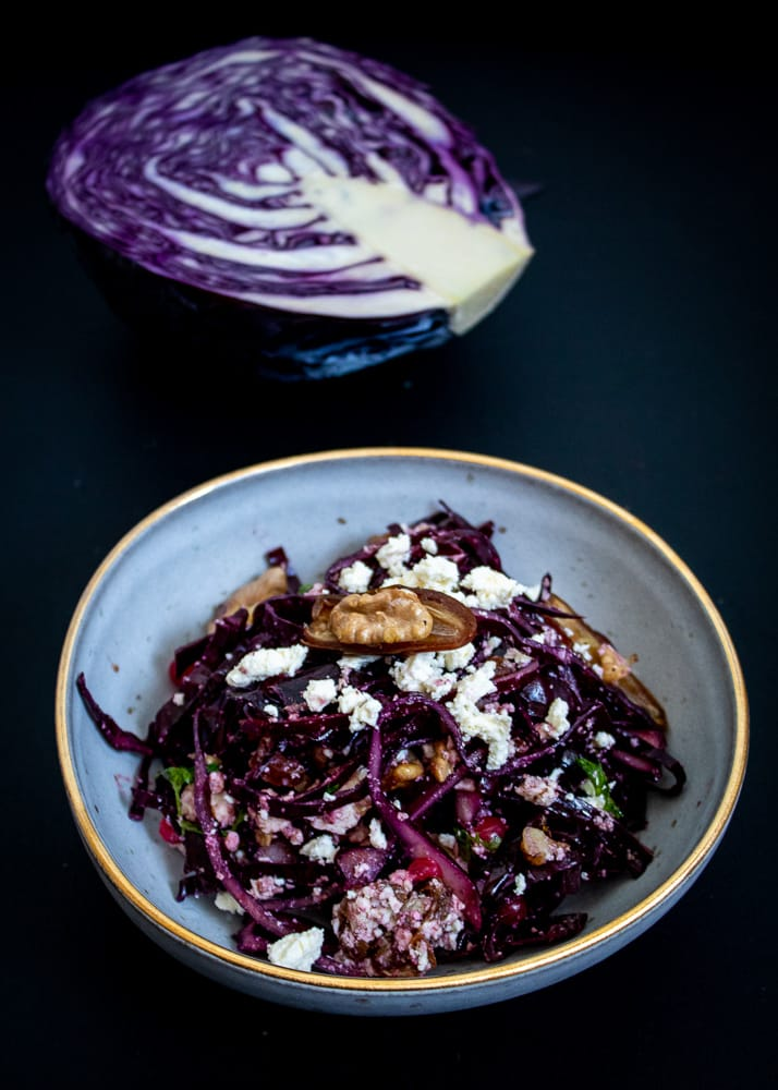 Red cabbage salad   САЛАТА ОТ ЧЕРВЕНО ЗЕЛЕ, СИРЕНЕ И ФУРМИ